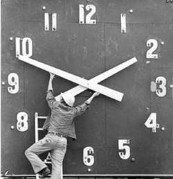 boost-facebook-engagement-clock