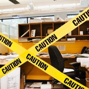 cluttered-desk-2