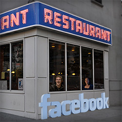 how to use Facebook to get more customers restaurant