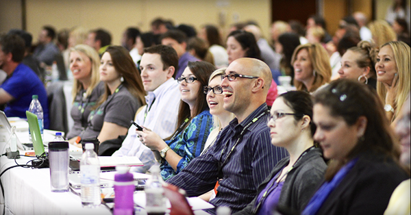 7 Reasons You Should Attend Top Social Media Conferences This Year