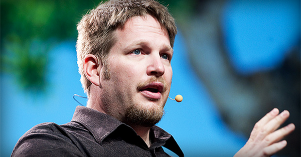 Chris Brogan says the Most Successful Small Businesses Do THIS