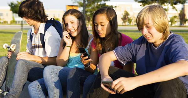 Teens Taught Me These 4 Critical Social Media Lessons